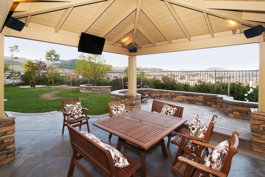Give Your Outdoor Entertainment Experience an Upgrade